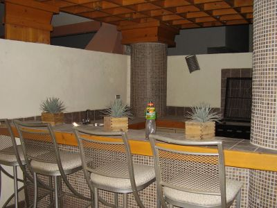 Asadores de ladrillo para patio car interior design for Asadores para carne jardin