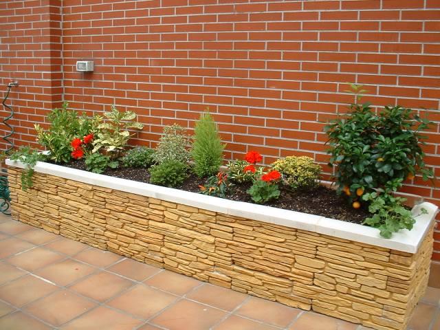 Jardineras en terrazas distribucin construccin y decoracin con